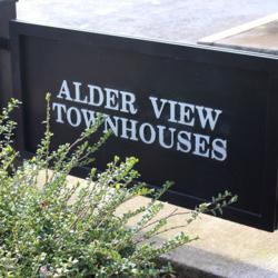 Alder View Townhouses Sign<br /><br />