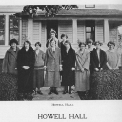 Group Picture in Front of Howell Hall, 1925<br /><br />
