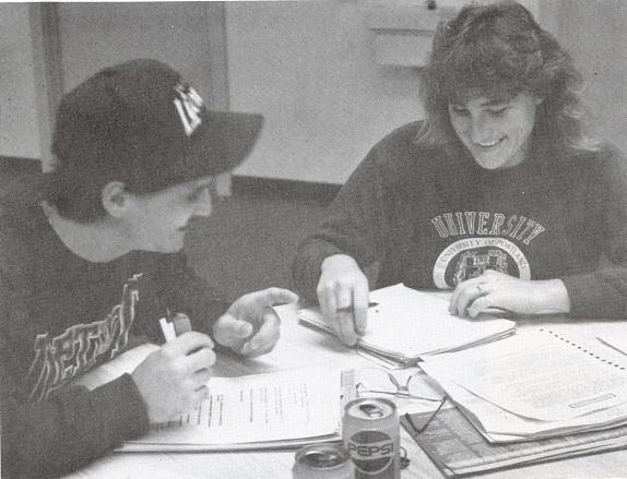 1991GroveStudentsStudying001.jpg