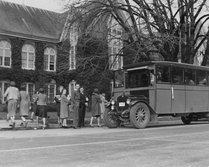 1938BusStop.jpg