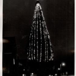 Tree_Lighting_1967.jpg