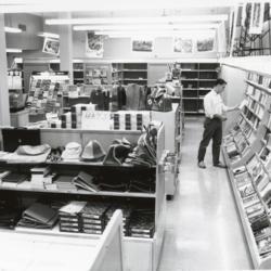 Bookstore01_OP41.jpg